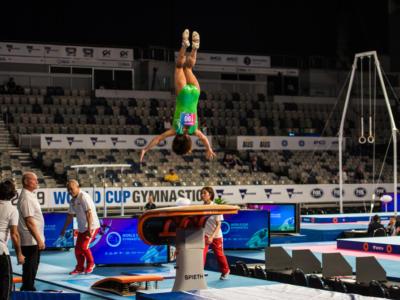 VIDEO Oksana Chusovitina infinita a 44 anni ma cade al volteggio ai Mondiali: si qualificherà alle Olimpiadi?