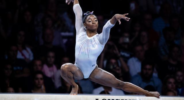 Ginnastica, Mondiali 2019: Simone Biles, la Reginetta venuta dal Futuro. Dominio da 5 ori, la più grande di sempre