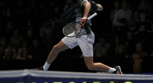 ATP Finals 2019: Stefanos Tsitsipas piega in due set Roger Federer ed è il primo finalista