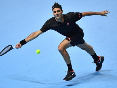 LIVE Federer-Tsitsipas, Semifinale ATP Finals 2019 in DIRETTA: 3-6 4-6, il greco vola in finale con pieno merito!