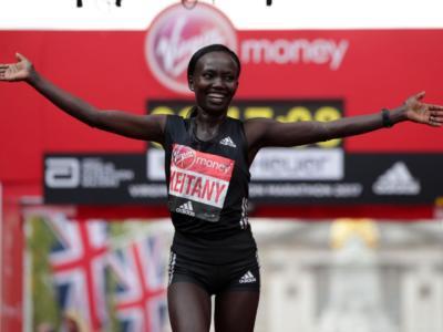 LIVE Maratona New York 2019 in DIRETTA: Jepkosgei vince tra le donne, Kamworor tra gli uomini. Dominio keniano!