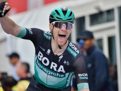 Ciclismo, la Bora-hansgrohe ufficializza il ritorno di Sam Bennett e Shane Archbold. Ingaggiati anche Danny van Poppel e Ryan Mullen