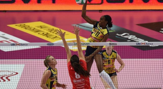 Volley femminile, Serie A1 2019-2020: Conegliano e Novara non perdono colpi. Espugnate Cuneo e Caserta