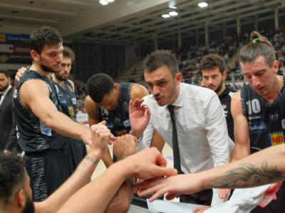 Basket, esordio amaro per Trento nelle top-16 di Eurocup 2020. Il Darussafaka batte i dolomitici 73-69