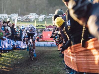 LIVE Ciclocross, Europei 2019 Elite in DIRETTA: Eva Lechner d'argento! Van der Poel piega Iserbyt e conquista il terzo titolo continentale consecutivo
