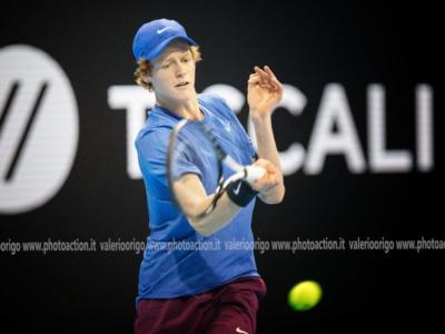 Tennis, ATP Auckland 2020: Jannik Sinner sconfitto al primo turno da Benoit Paire. L'azzurrino ko in tre set