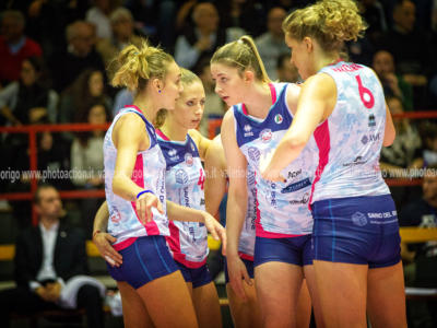 Volley femminile, Scandicci sconfitta dal VakifBank Istanbul in Champions League ma è in corsa per i quarti