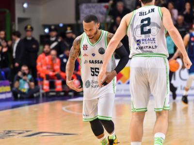 LIVE Dinamo Sassari-Virtus Bologna 91-79, Serie A basket 2020 in DIRETTA: le V nere cadono nettamente nel fortino sardo!