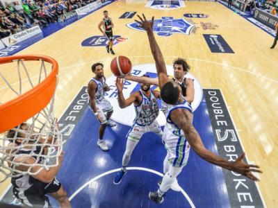 Basket: Virtus Bologna, Dinamo Sassari e Olimpia Milano già qualificate per la Coppa Italia. Dietro è grande lotta per gli altri cinque posti