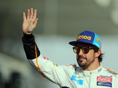 Fernando Alonso partecipa alla 500 Miglia di Indianapolis virtuale aspettando agosto!