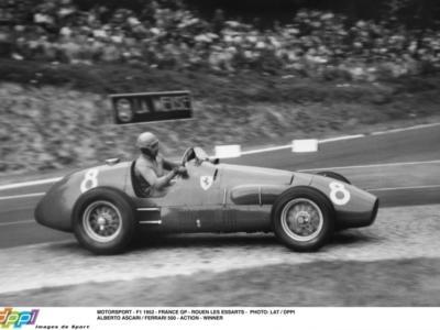 L'Italia è grande: Alberto Ascari, il mito della Formula 1 anni '50 che sfidò ad armi pari Fangio