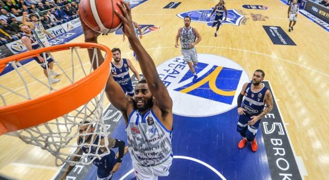 Basket, Serie A 2019-2020: la presentazione della 14^ giornata. Big match Sassari-Virtus Bologna, Milano ospita Trento