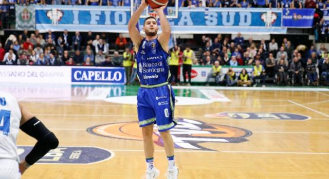 LIVE Dinamo Sassari-Cremona, Serie A basket in DIRETTA: 84-74, Evans trascina il Banco al successo con 25 punti