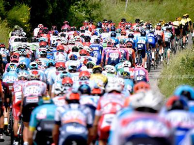 Ciclismo, il presidente dell'UCI David Lappartient preoccupato per la sopravvivenza di alcune squadre
