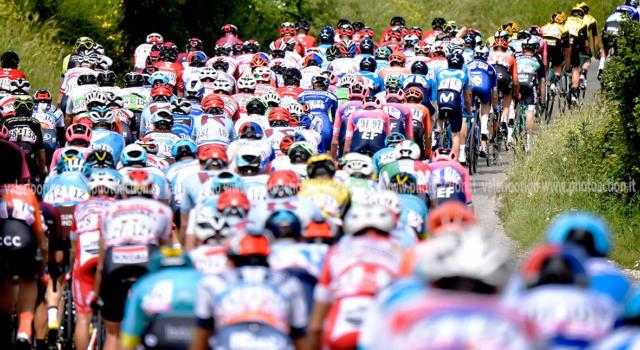 LIVE Europei ciclismo, cronometro juniores in DIRETTA: trionfa Mathias Vacek. Milesi medaglia di bronzo