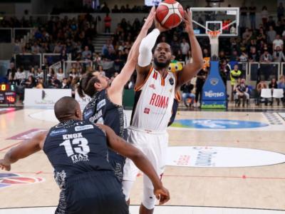 Basket, Serie A 2019-2020: colpo esterno della Virtus Roma, Trento battuta con una clamorosa rimonta nell'ultimo quarto