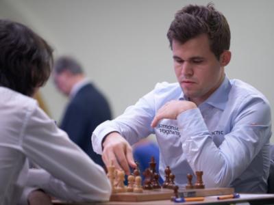 Scacchi, Mondiali blitz 2019: Magnus Carlsen trionfa per la quinta volta, detiene tutti i titoli iridati. Tra le donne bis di Kateryna Lagno