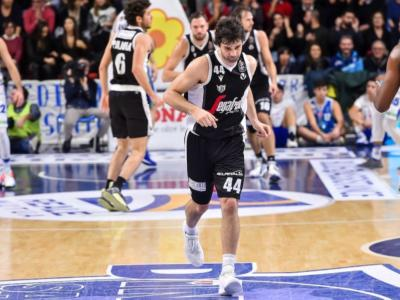 LIVE Virtus Bologna-Darussafaka 83-72, EuroCup 2020 in DIRETTA: V Nere sempre in controllo portano a casa la prima vittoria delle Top 16