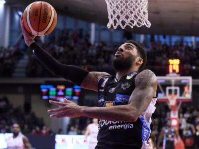 Basket: Devyn Marble alla Virtus Bologna. L'ex Trento annunciato a sorpresa dalle V nere