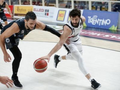 Basket, Trento cerca l'impresa sul campo della Virtus Bologna nel derby delle top-16 di Eurocup 2020