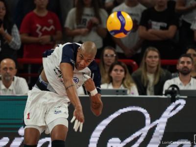 LIVE Milano-Trento 0-3, Coppa Italia 2020 volley in DIRETTA: Vettori vince lo scontro con Abdel Aziz e manda i suoi in semifinale!