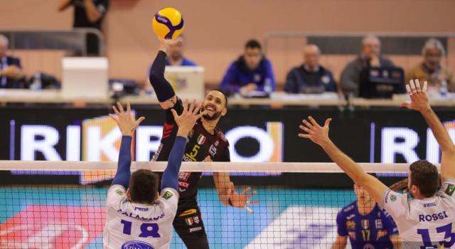 Volley, SuperLega: 16ma giornata. Civitanova, Perugia, Trento e Modena vincono: classifica invariata
