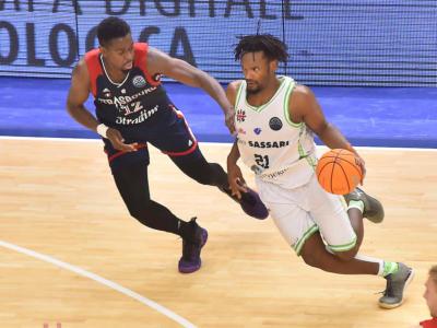 Basket, la Dinamo Sassari espugna il campo dello Strasburgo nella 12ma giornata di Champions League 2019-2020