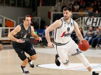 LIVE Virtus Bologna-Trento 94-70, EuroCup basket in DIRETTA: le V Nere dominano i quarti centrali e condannano i trentini all'eliminazione