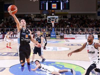 LIVE Trento-Virtus Bologna 77-83, Serie A basket 2020 in DIRETTA: le V Nere sbancano il PalaTrento grazie ad un super-Teodosic.