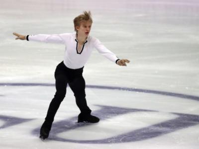 Pattinaggio artistico, Daniel Grassl sesto dopo lo short ai Mondiali Junior 2020 di Tallinn, Kagiyama al comando