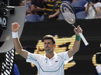 LIVE Djokovic-Raonic 6-4 6-3 7-6 (1), Australian Open 2020 in DIRETTA: il serbo guadagna la sfida con Roger Federer in semifinale