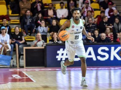 LIVE Dinamo Sassari-Hapoel Holon 83-73, Champions League basket 2020 in DIRETTA: i sardi dominano l'ultimo quarto e battono gli israeliani