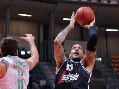 Basket, la Virtus Bologna batte il Darussafaka in EuroCup: prima vittoria nella Top16
