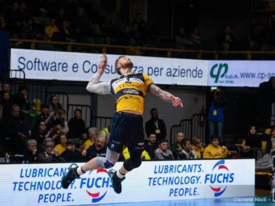 Volley, Modena si qualifica alle semifinali della CEV Cup: il ritorno con l'Ajaccio non si gioca per coronavirus