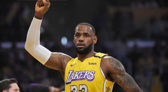 NBA 2020, i risultati della notte (6 gennaio): Lakers e Clippers vittoriosi, tripla doppia numero 90 per LeBron James