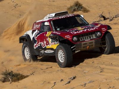 Dakar 2021, i favoriti tra le auto: Toyota, Mini, Peugeot e Prodrive si sfidano. Loeb insegue il primo successo in carriera