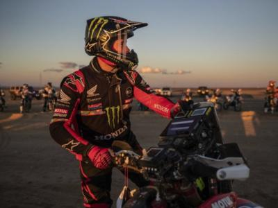 Classifica moto Dakar 2020: Brabec allunga su Quintanilla, Price fuori gioco dopo il soccorso a Gonçalves