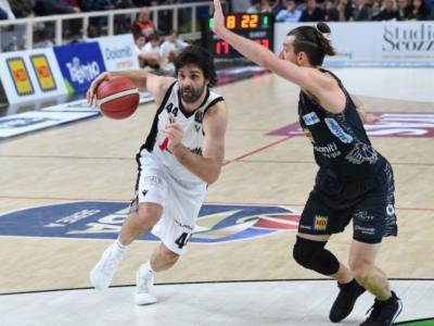 Basket, la Virtus Bologna sbanca Trento e si laurea campione d'inverno. Olimpia Milano sconfitta in casa da Cantù