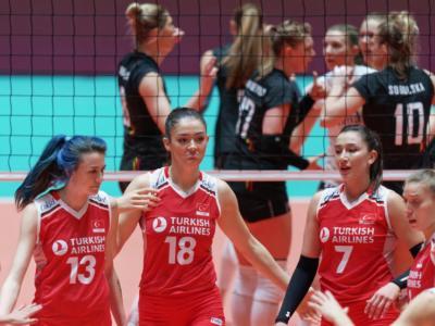 LIVE Turchia-Polonia 3-2 volley femminile, Preolimpico 2020 in DIRETTA. Le turche non finiscono mai e vincono al tie break! Domani la sfida alla Germania