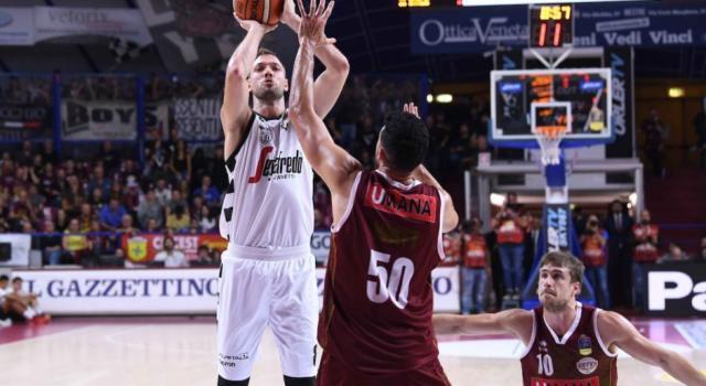 LIVE Venezia-Virtus Bologna 71-83, Serie A basket 2020 in DIRETTA: con un gran secondo tempo la Segafredo espugna il Taliercio e allunga su Sassari