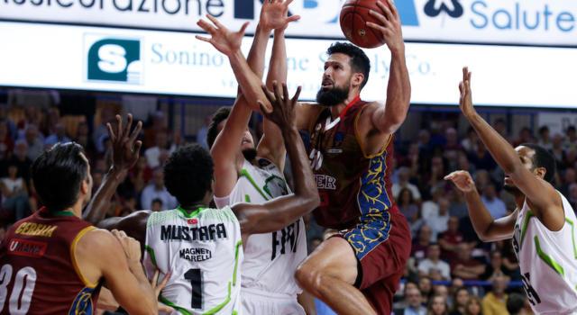 Basket, prosegue la storia d'amore tra Mitchell Watt e Venezia: rinnovo pluriennale per lo statunitense