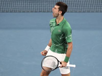 ATP Dubai 2020: Djokovic ribalta Monfils e si prende la finale, domani supersfida con Tsitsipas