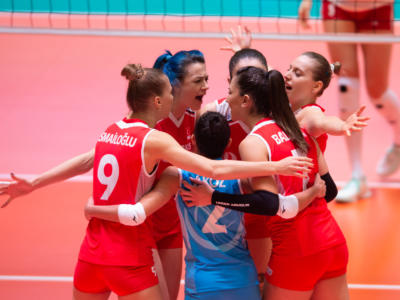 Volley femminile, Preolimpico 2020: la Turchia supera al tie-break la Polonia e vola in finale. Meryem Boz trascinatrice