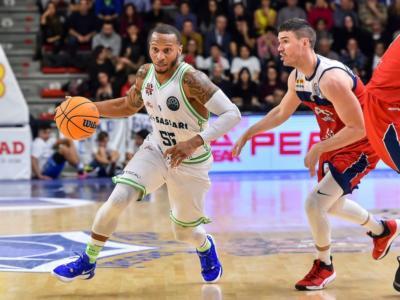Basket, la Dinamo Sassari espugna Manresa ma chiude seconda nel gruppo A di Champions League 2020