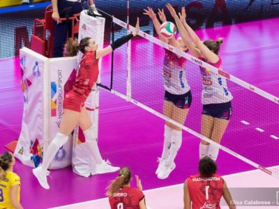 Volley femminile, Serie A1: 17ma giornata. Conegliano a +6 su Busto Arsizio, le Farfalle battono Novara