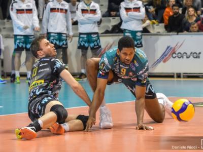 LIVE Civitanova-Perugia 3-2, Finale Coppa Italia volley 2020 in DIRETTA: la Lube alza il trofeo dopo una battaglia di 3h!