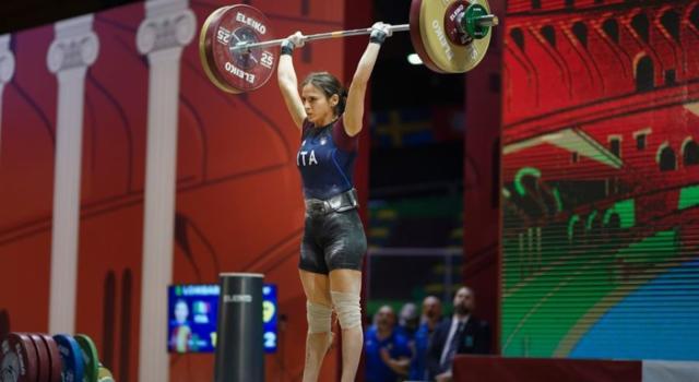 Sollevamento pesi: Jennifer Lombardo firma il record personale in World Cup 2020 a Malta e trionfa nei -55 kg, delude Scarantino