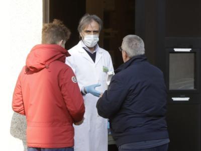 Coronavirus in Italia: sintomi, numeri da chiamare, cosa fare, cosa non fare