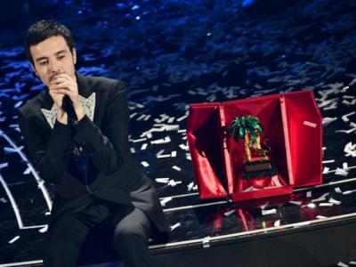 Classifica Sanremo 2020: Diodato trionfa! Secondo Francesco Gabbani, terzi i Pinguini Tattici Nucleari. Tutti i premi speciali.