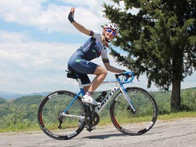 """Edita Pucinskaite: """"Il ciclismo dà un'opportunità per essere migliori. La solidarietà è un vaso che si riempie di bellezza"""""""